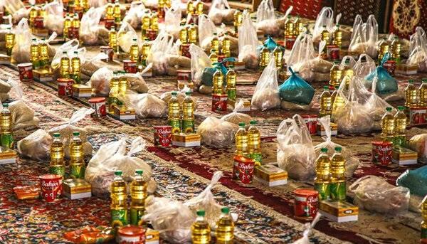 تهیه و توزیع بیش از ۱۸ هزار بسته غذایی در کاشان
